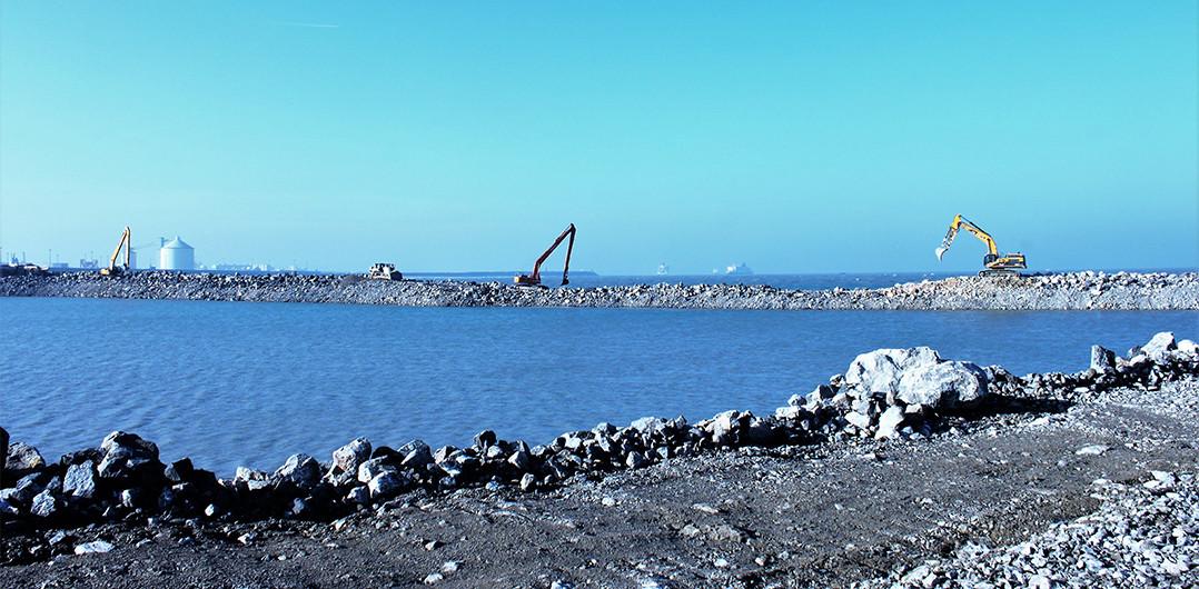 Works on the Eastern inner embankment